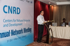 Prof. Nguyen Vu Viet, Director General of VAWR welcomes the guests of the network meeting.